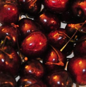 Fresh rinsed cherries